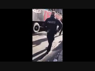 Айн твайн Полицайн