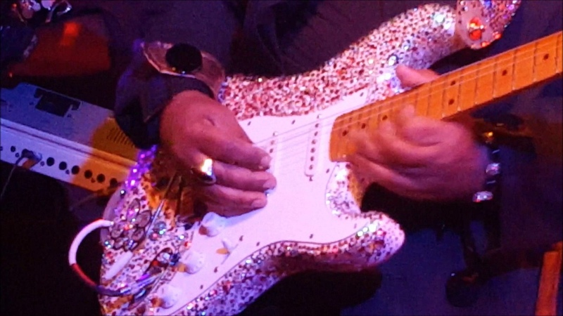 Jesse Johnson and friends Purple Rain Live at Bunker's Music Bar Grill 4 21 17