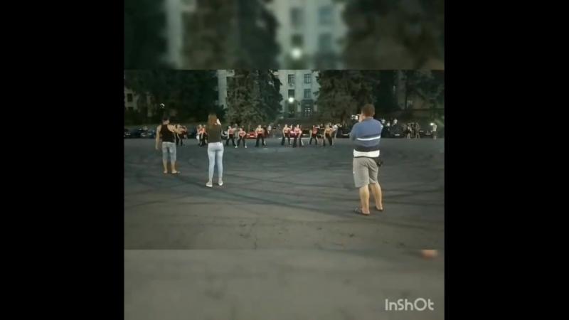 15.05.18 Днепр. пл. Ленина Pride of Ukraine oficial, сюрприз - танцевальный коллектив, музычка с моей бехи😆