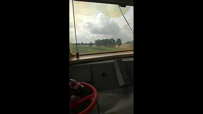 Вид с кабины машиниста дизель поезд ДР1А