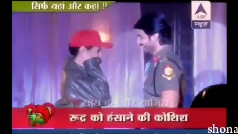 Who said Sanaya can't have offscreen and onscreen chemistry with other actors - Just look at this amazing memories of RangRasiya