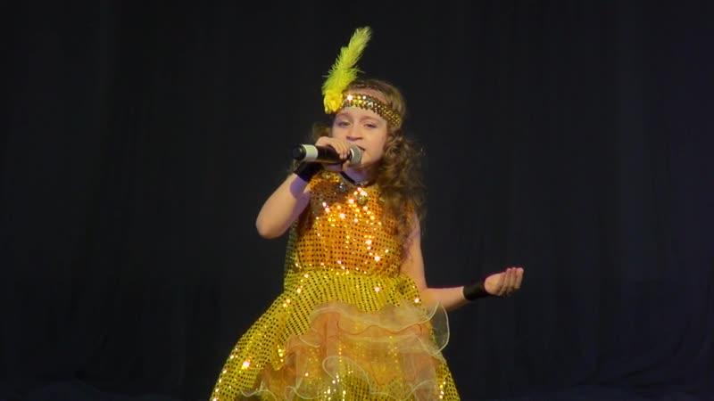 Фрагмент песни Зурбаган из выступления