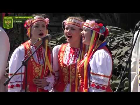 Творческие коллективы ЛНАУ выступили перед участниками Парада Победы