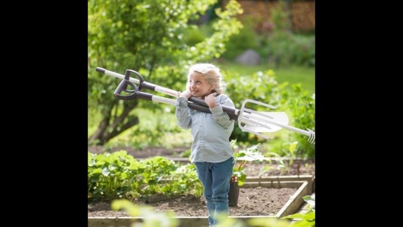Облегченный садовый инструмент Fiskars Light