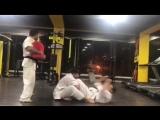 Тренировки по жёсткачу воинов боевого искусства Кёкусинкай карате не каждому по силам. Подготовка бойца http://vk.com/oyama_mas