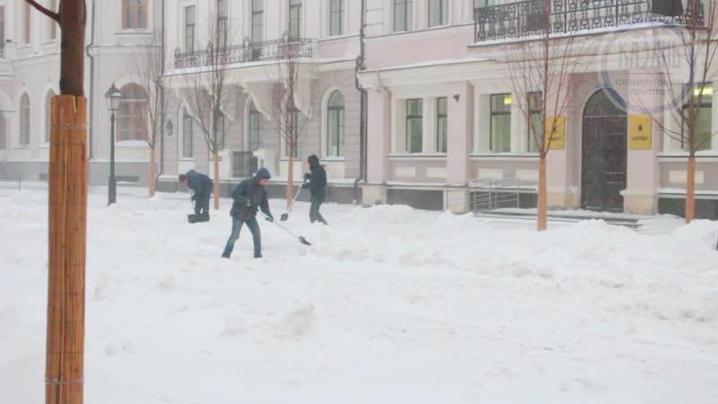 Улицу Кремлёвская перекрыли для съёмок фильма Зулейха открывает глаза