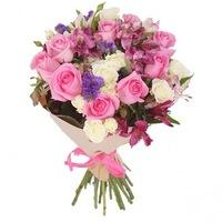 novogodniy-buket-na-stol-ryazan-buket-iz-20-orhidey-i-roz