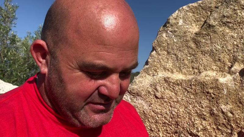 Formaggio con vermi casu marzu in Sardegna