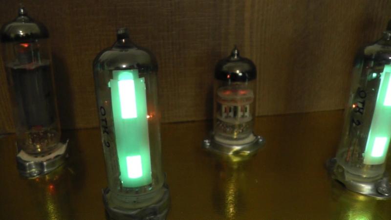 Тестирование нового лампового усилителя с новыми индикаторами 6Е3П