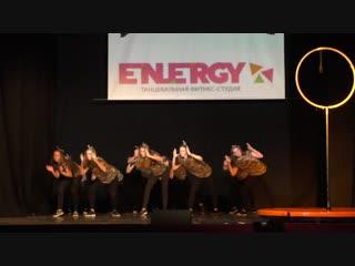 Группа по современным танцам (13+) Номер «Соц сети», тренер Галина Смирнова