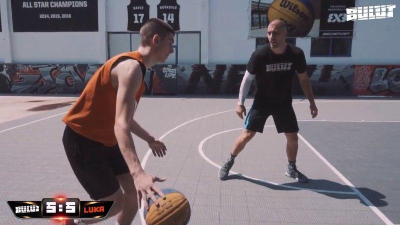 3x3 World champion vs Fan 1 on 1 streetball