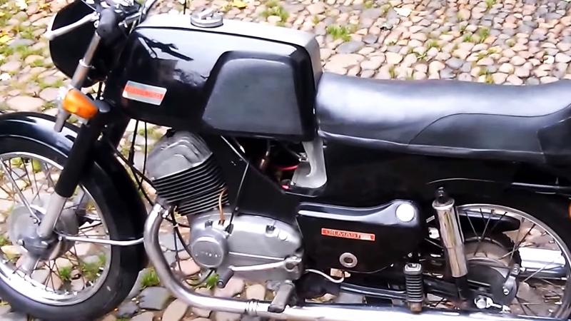Мотоцикл JAWA 350 Bizon Oilmaster, 1972 года