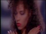 Gillan Glover - She Took My Breath Away