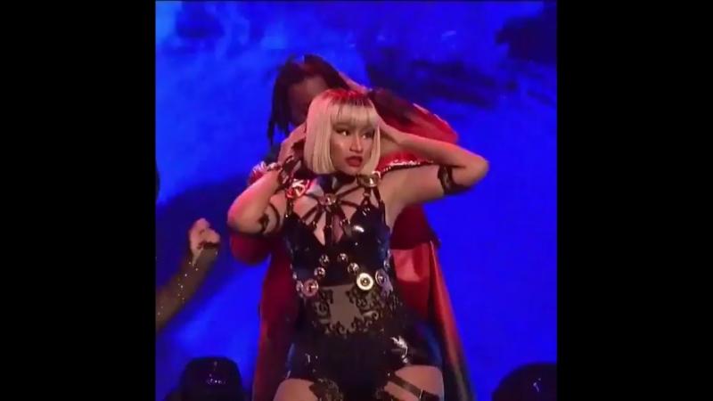 Nicki Minaj told Playboi Carti to Stand Right There during their performance on SNL