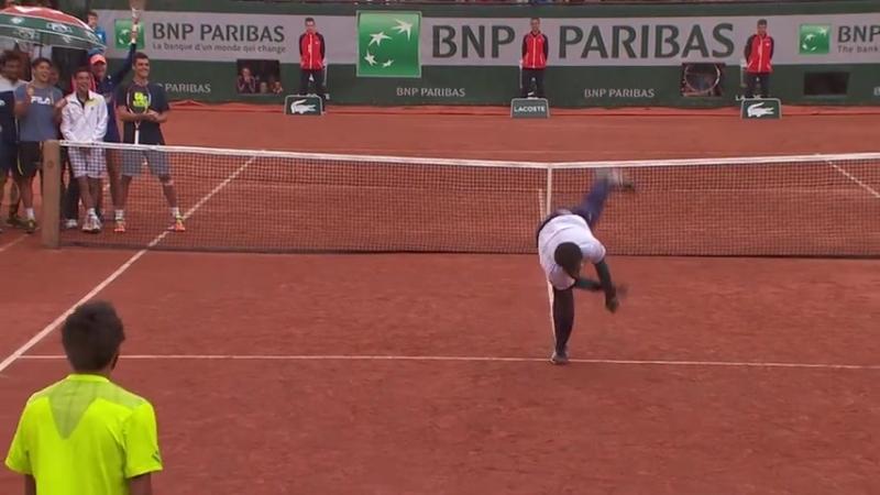 Dance Battle Between Gaël Monfils and Laurent Lokoli - Roland-Garros ( 480 X 854 )