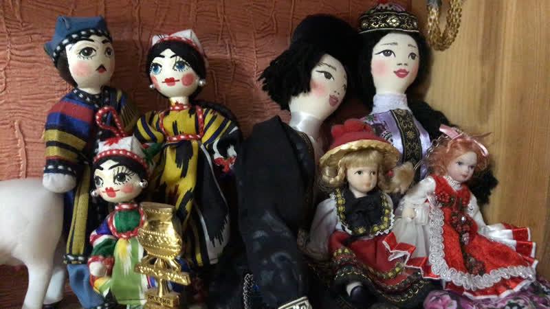 Через 10 минут начинается очередной вебинар по народной кукле. Ссылка на вход в последнем посте