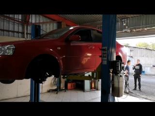 Chevrolet lacetti/Скрип при торможении/Пора менять передние тормозные колодки.