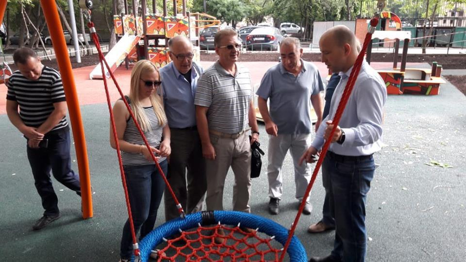 Глава управы проверил ход ремонтных работ в Петровско-Разумовском проезде