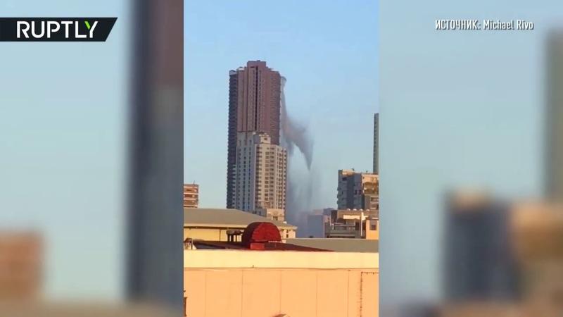Землетрясение на Филиппинах вода с крыши небоскрёба выплёскивается на улицу