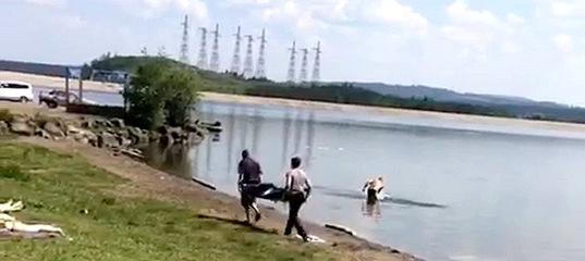 В Усть-Илимске утонула 27-летняя девушка