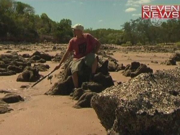 Каякер провел 2 недели в плену у крокодила