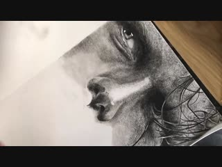 Drawing time lapse of celebrity actor sam heughan ( jamie fraser) outlander in charcoal pencil