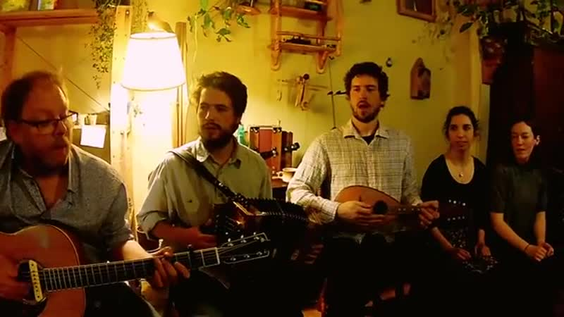 Quebec traditional music with Les Bastringue Boys (2017)
