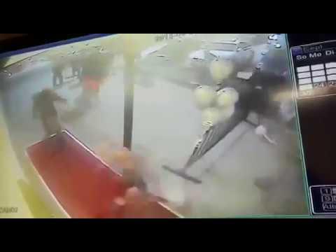 Bad Oeynhausen Rausschmiss aus Club Mondo 18 Iraker greifen Türsteher an und schießen mit Pistolen