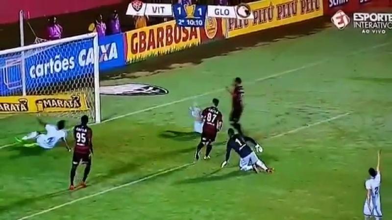 Gol perdido por Yago - Vitória x Globo