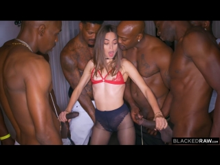 Riley reid - girlfriend gangbang at the after party (26.06.18)