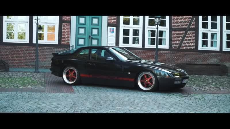 PORSCHE 944 S2 by VWHome