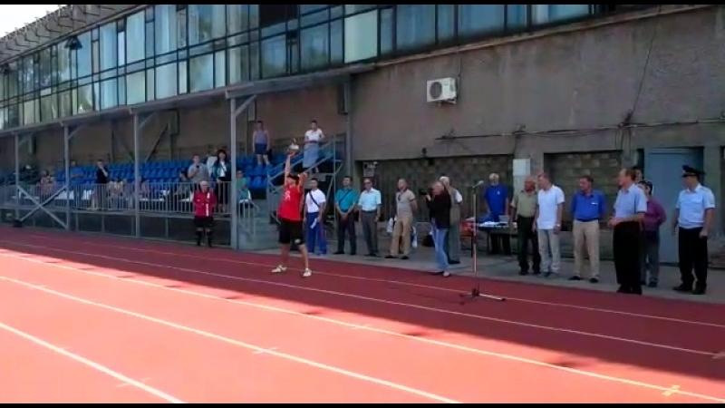 Силовое жонглирование гирями 16 кг Показательное выступление на стадионе Динамо СПб Леонид Синцов