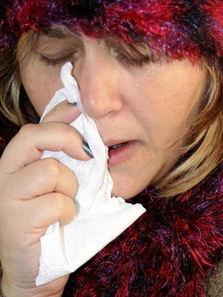 Химические вещества в определенных продуктах могут вызвать насморк.