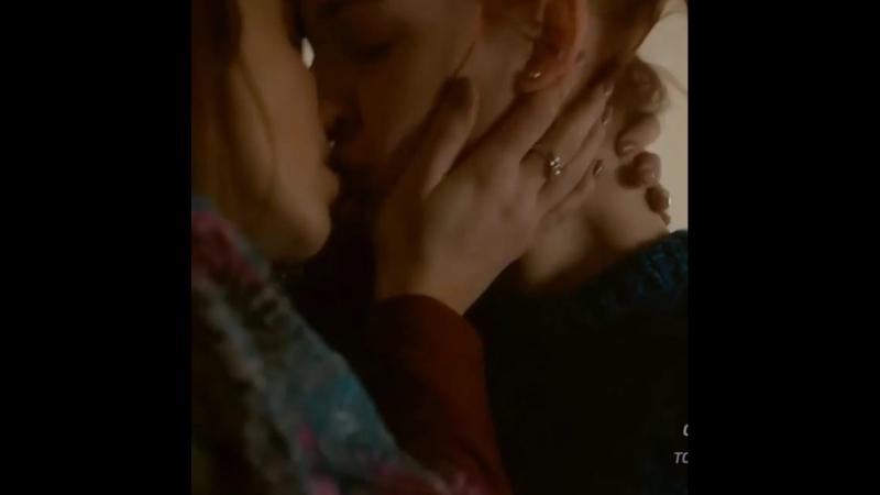 Wayhaught kiss 2 season
