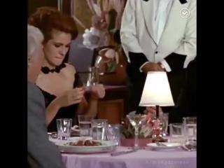 29 лет назад начали снимать кф Красотка, самый романтический фильм всех времён. А помните песню из фильма в исполнении Roxette Б