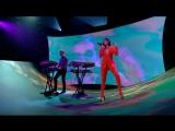Calvin Harris &amp Dua Lipa - One Kiss (Live on The Graham Norton Show)