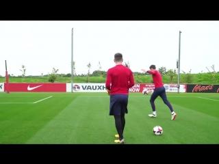 England goalkeeping session with Hart, Butland, Heaton and Woodman - Inside Training.mp4
