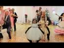 9. Папы с дочками танцуют. Танец на выпускном в детском саду.