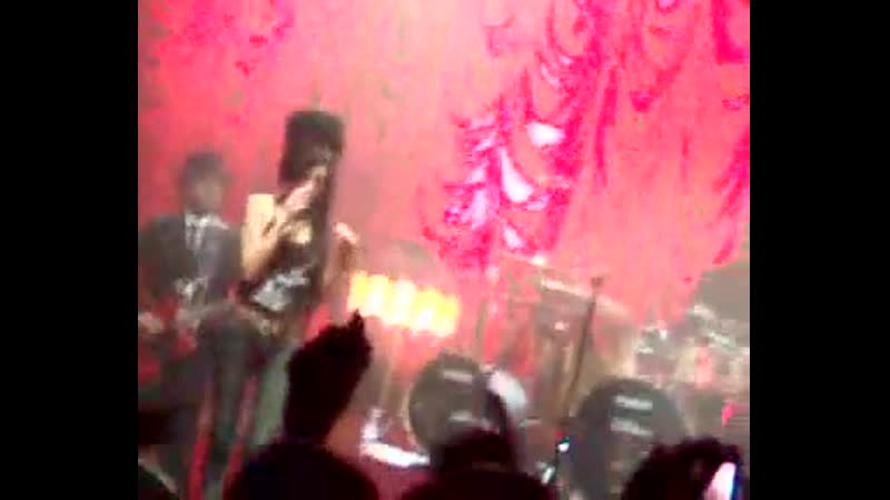 Amy Winehouse - Rehab (Ulster Hall in Belfast 1/03/2007)