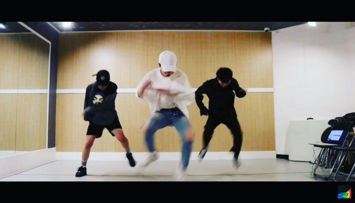 """🌙 on Instagram: """"BOSS -NCT U  풀버전은 유튜브에 디모모해를 검색해주세요! SEARCH FOR 디모모해  boss nct dancetagram coverdance pmp 댄스타그램 춤스타그램 피엠피 정민호 허용준 빈현규"""""""
