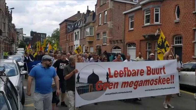 2018 05-13 In Kortrijk betoogden vandaag 350 Vlamingen tegen de geplande bouw van een ni