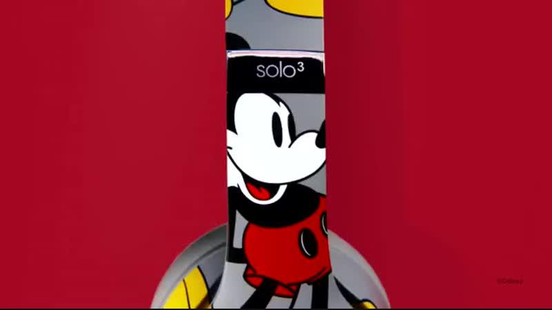 Beats by Dre Mickey's 90th Anniversary Edition Solo3 Wireless.mp4