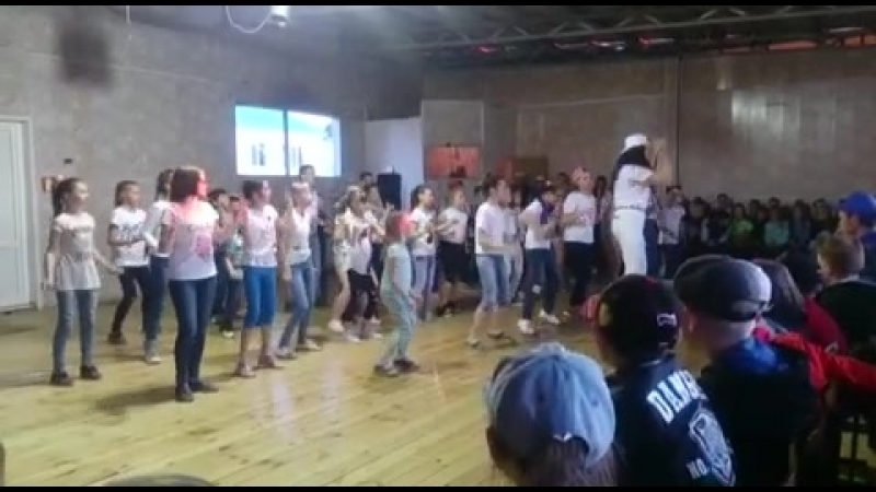 танец 4 отряда - детей из г.Чистополь
