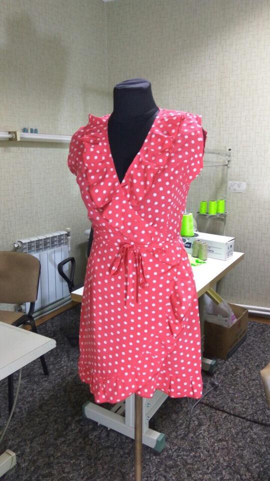 Платье из штапеля (красное) в наличии