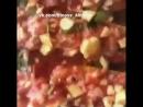 Кабачки фаршированные индейкой в томатнои соусе с базиликом