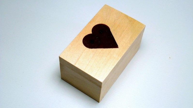 Making wooden valentines day box
