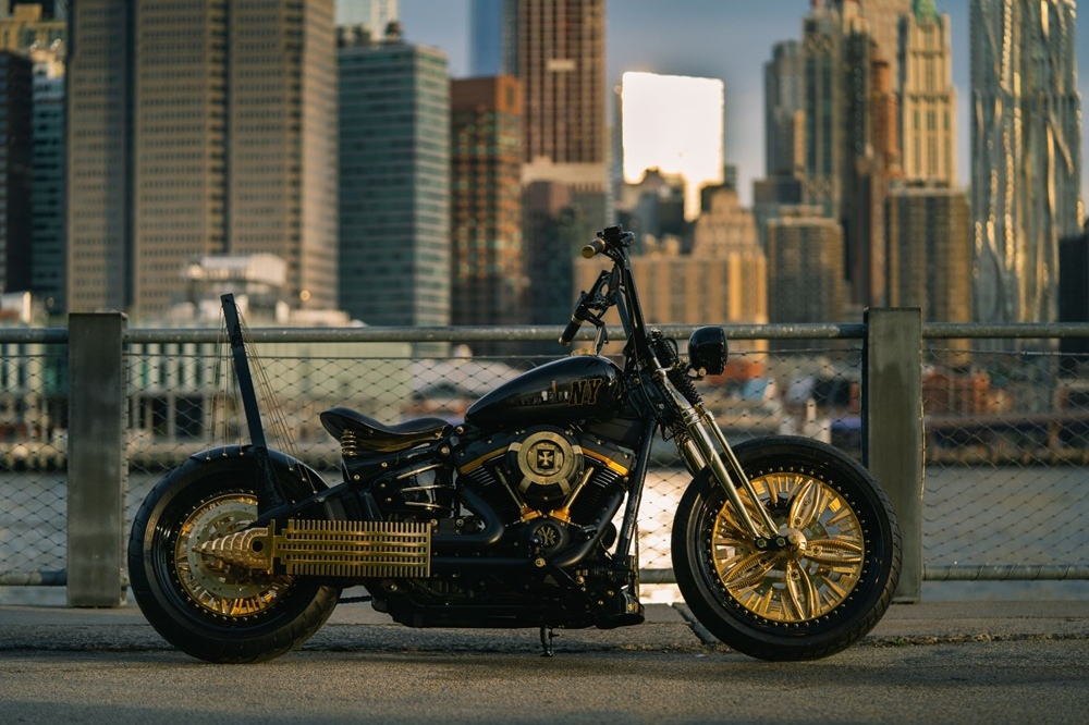 Game Over Cycle: проект New York – Rzeszów Motorcycle