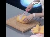 Как быстро почистить манго от кожуры и убрать косточку