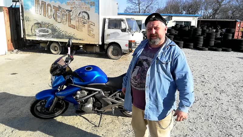 КАВАСАКИ ЕР 6 Н Мотоцикл Свободен в Хорошем Состоянии и Ждет Своего Нового Хозяина