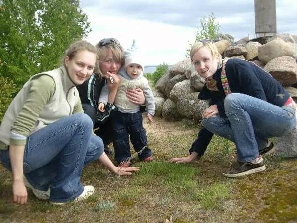Волонтерство на острове в Псковском озере.